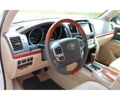Selling 2013 Toyota Land Cruiser Base 4x4 4dr SUV