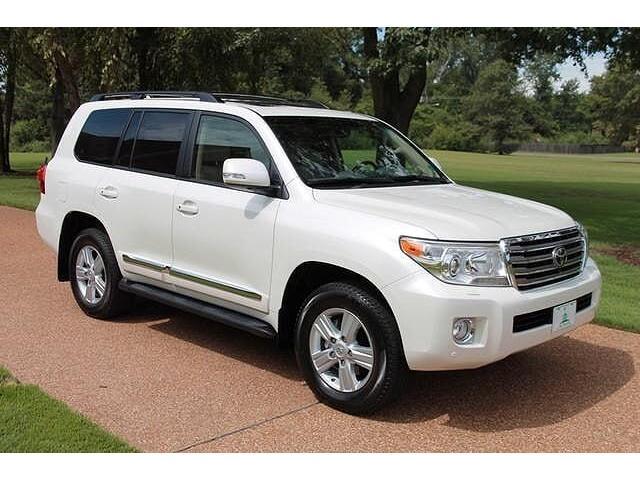 Selling 2013 Toyota Land Cruiser Base 4x4 4dr SUV - 3/3